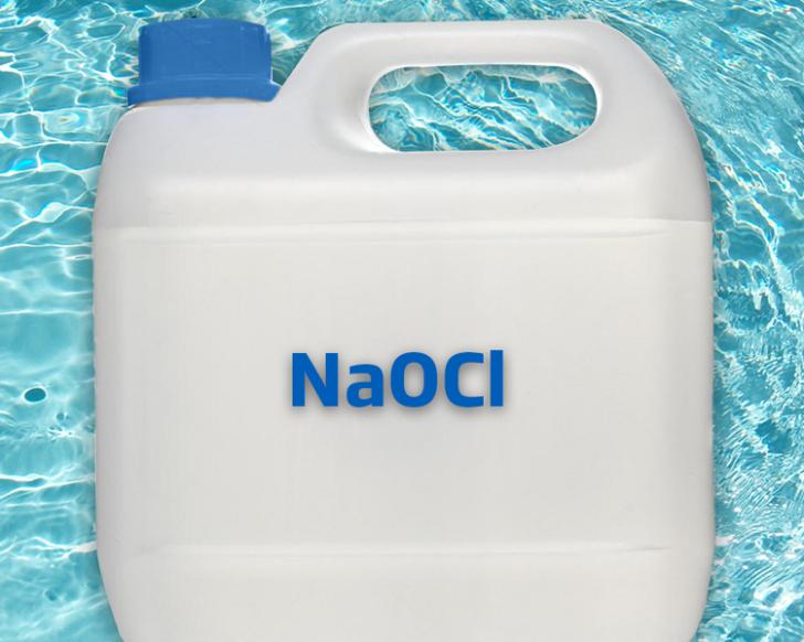 Wat is vloeibaar chloor voor zwembaden?